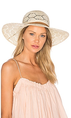 Paloma Hat in Ivory