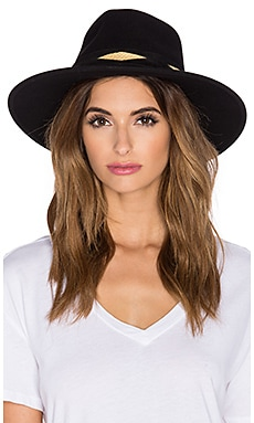 ale by alessandra Cobra Hat in Black
