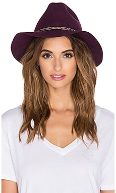 ale by alessandra Cavalo Hat in Bordeaux
