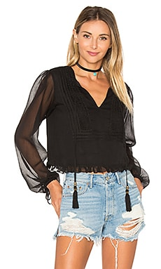 x REVOLVE Micaela Blouse en Black Night
