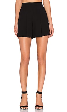 Alice + Olivia Back Zip Pleat Short in Black