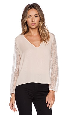 Alice + Olivia Resa Blouson Sleeve Top in Nude Lip