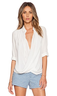 Alice + Olivia Lalita Draped Collared Shirt in Off White