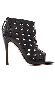 Alice + Olivia Giovanna Heel in Black