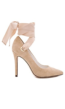 Dominique Heel in Tan