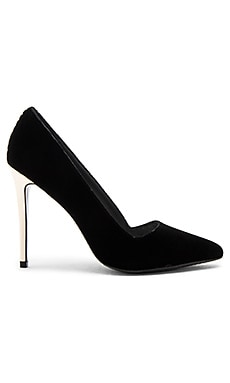 Dina Velvet Heel in Black