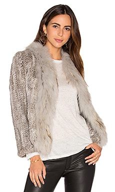 Frill Collar Jacket with Fox and Rabbit Fur en Imprimé Gris