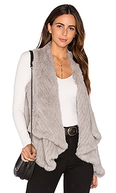 Draped Rabbit Fur Vest en Gris Clair