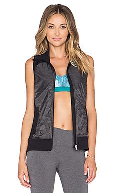 alo Lakeside Vest in Black