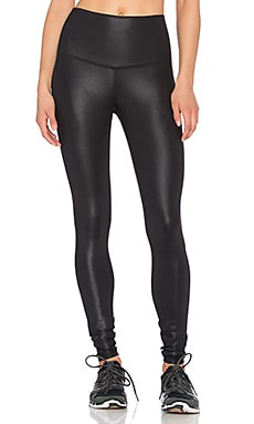 alo High Waist AIrbrush Legging in Black Glossy