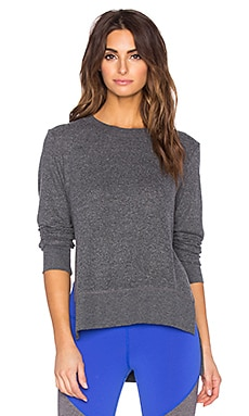alo Glimpse Long Sleeve Top in Charcoal Heather