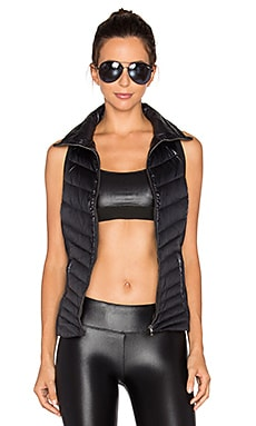 Altitude Puffer Vest in Black