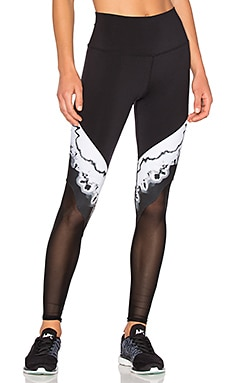 High Waist Verse Legging in Black Zinc