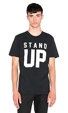 T-SHIRT GRAPHIQUE SU2C X REVOLVE STAND UP