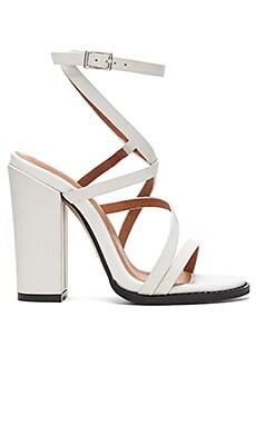 Обувь на каблуке jyve - Alias Mae