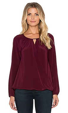 Amanda Uprichard Peasant Top en Bordeaux