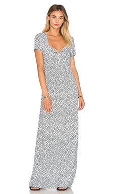 Yacqui Maxi Dress en White Anemone