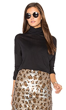 Sandy Sky Turtleneck Top in Black