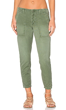AMO Army Twist Pant in Washed Army