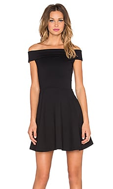 amour vert Pheobe Dress in Black