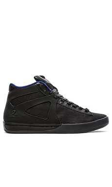 Alexander McQueen Puma Step Mid in Black