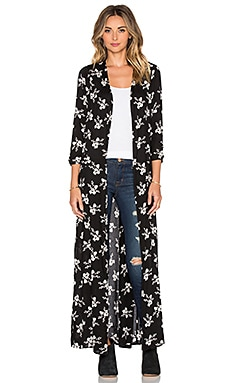 AMUSE SOCIETY Izzy Floral Kimono in Black Sands