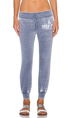 AMUSE SOCIETY LA Muse Fleece Pant in Faded Indigo