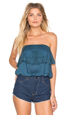 Cassia Woven Tube Top en Indy Blue