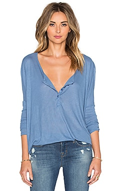 AMUSE SOCIETY Riley Hi-Lo Tee in French Blue