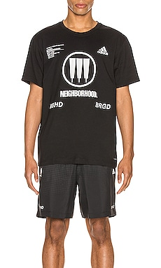 CAMISETA GRÁFICA SSL adidas Neighborhood $68