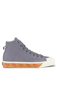 Nizzia Hi Top Sneaker adidas x HUMAN MADE $76