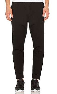 AQ/AQ Bruk Jogger in Black