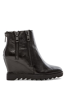 Ash Idole Bootie in Black