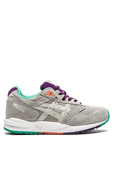 Asics Gel Saga in Soft Grey