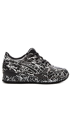 Asics Gel Lyte III in Black & Black