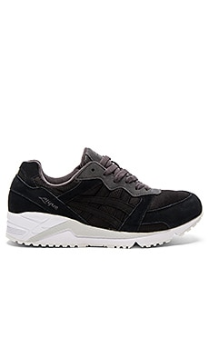 Asics Gel Lique in Black & Black