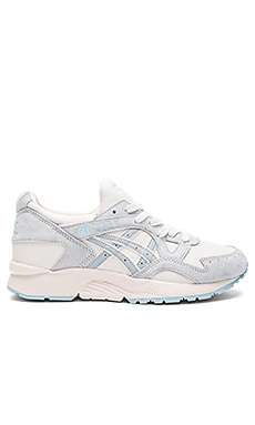Platinum Gel Lyte V Sneaker en Moonbeam & Light Grey