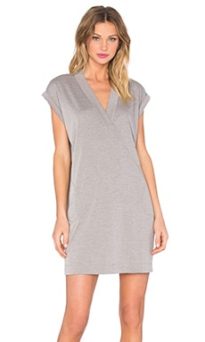 Extended Shoulder V Neck Dress en Ardoise