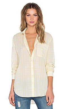 Plaid Boyfriend Shirt en Fond Jaune
