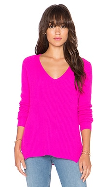 Autumn Cashmere Shaker Stitch V Neck Sweater in Barbie