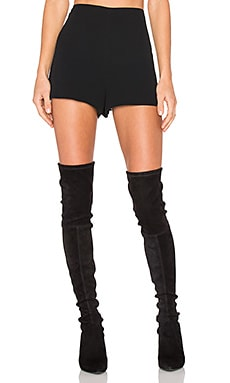 Carrie Short en Noir