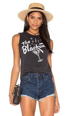 The Blackout Womens Muscle Tee en Noir & Blanc