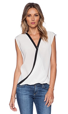Bailey 44 Wildebeest Top in Star White