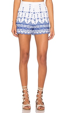 Santorini Embroidered Shorts en Ivory