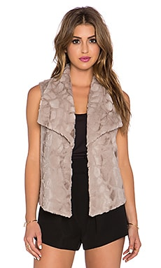 Jack by BB Dakota Elektra Faux Fur Vest in Wheat Beige