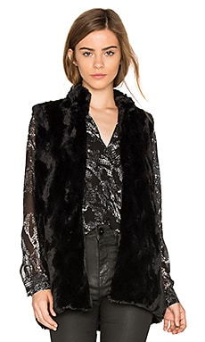 Jack By BB Dakota Barlett Faux Fur Vest en Noir