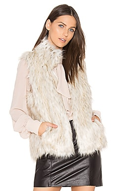 Brewer Faux Fur Vest in Grauweiß