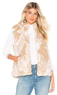 CHALECO FUR WHAT BB Dakota $28