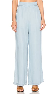 Skylee Pant in Light Blue
