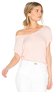 Jack by BB Dakota Taymar Tee in Dusty Rose